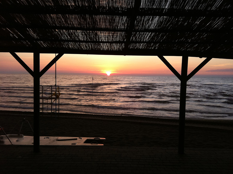 spiaggia_tramonto_bagni_tamerici.JPG